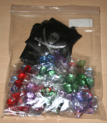 Una bolsa llena de gemas