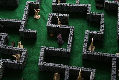 Mazes & Miniatures